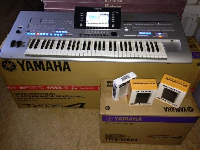 Yamaha Tyros 4 Arranger Workstation keyboard...$800 USD