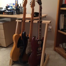 3 SPACE SOLID OAK FOLDING GUITAR  STAND FOR ELECTRIC GUITARS